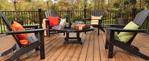 Maintaining & Enjoying Your Deck